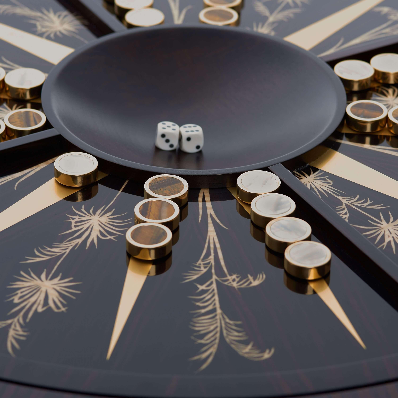 Alexandra Llewellyn Games Palm Table 4